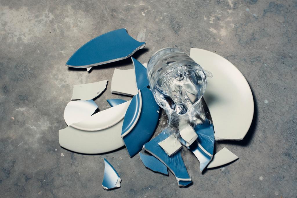 Platos Rotos post de @JgAmago en #ReinventarseBlog
